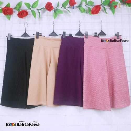 Foto Produk Kulot Polos Uk. 8-10 Tahun / Celana 3per4 Anak Perempuan Murah Celana - 8-10 tahun dari Kios Balita Fawa