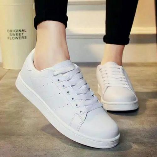 Foto Produk sepatu sneaker putih polos kets wanita murah ready no 36 37 38 39 40 - Putih, 36 dari MALKAN STORE