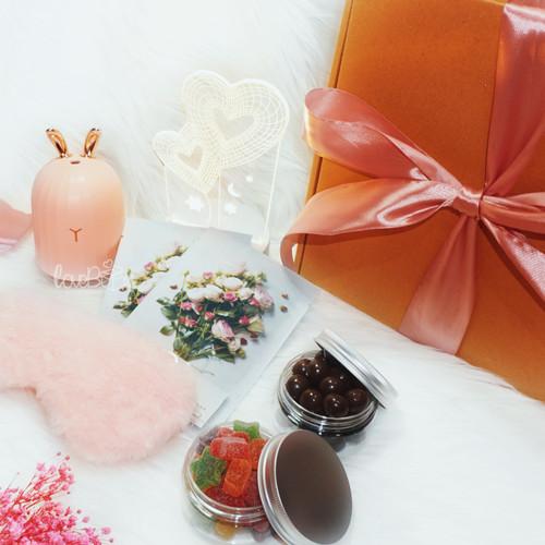 Foto Produk Valentine Lovebox Sleeping Lamp + Humidifier   Valentine Hampers dari LoveBoxGiftBox