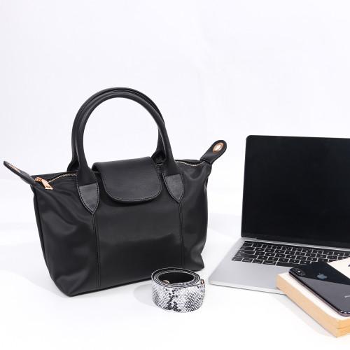 Foto Produk Tas Selempang dan HandBag Nastya Hitam dari Lumiere Bag