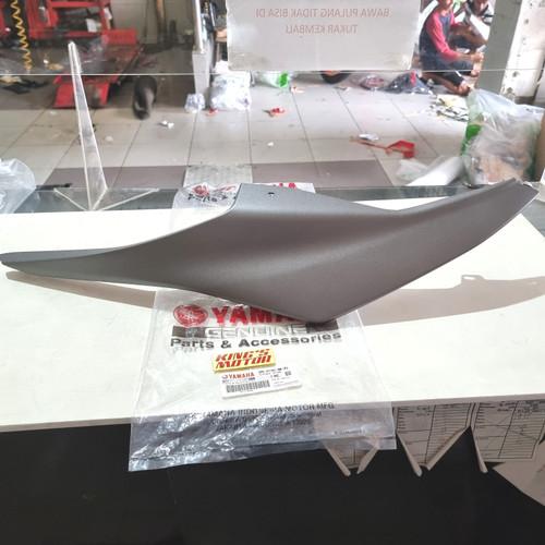 Foto Produk COVER BODY R15, R-15 OLD KANAN ABU (2PK F1741 P3) ASLI YAMAHA dari King'S Motor