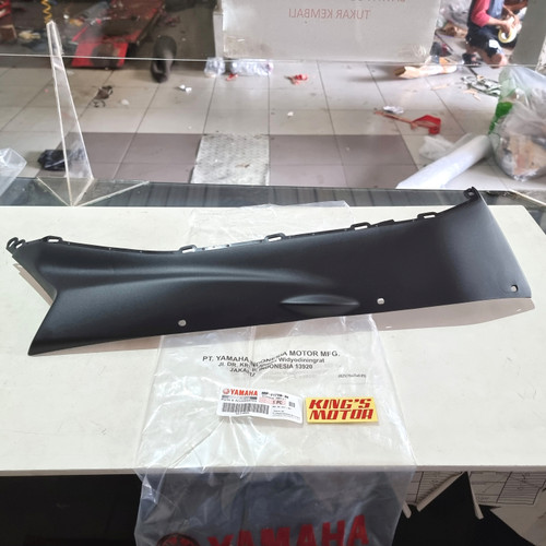 Foto Produk MOLE SIDE, COVER UNDER, LOWER, SIRIP NEW AEROX 155 CONNECTED BBP F171L dari King'S Motor