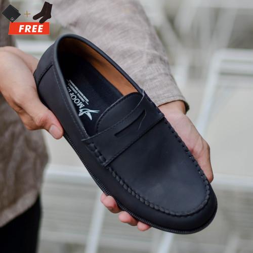 Foto Produk MOOFEAT COZY - SEPATU CASUAL LOAFERS SLIP ON KULIT PRIA HITAM ORGINAL - Hitam, 39 dari Moofeat Footwear
