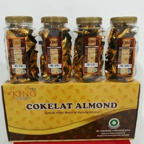 Foto Produk d'King Cokelat Almond dKing Coklat Bonibol 4 Toples dari Toko Saujana
