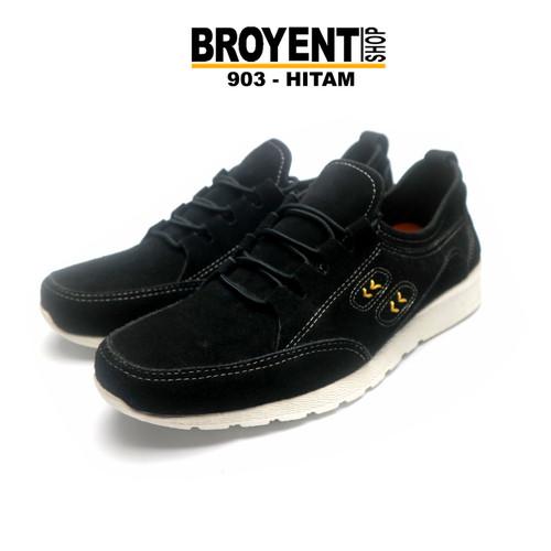 Foto Produk Sepatu Sneaker Casual Pria Kulit Suede 903 - Hitam, 39 dari Broyent-shop