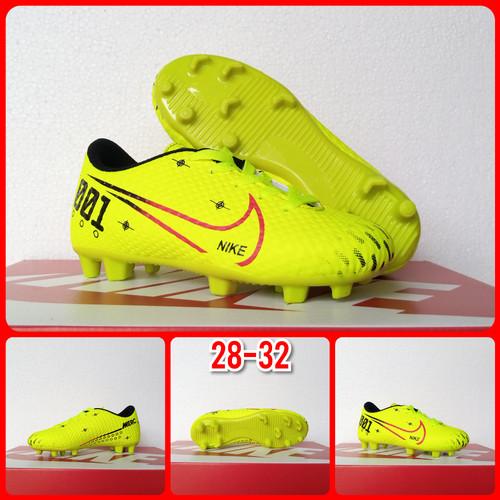 Foto Produk Sepatu Bola Anak ukuran 28 - 32 - Hijau Muda, 32 dari ARRANstore