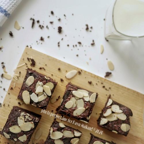 Foto Produk Brownies Almond dari Hayu Makan!