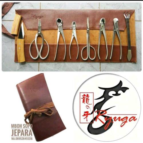 Foto Produk 1 set alat bonsai stenlis plus tas gulung, merk Ryuga dari Mboh Sopo