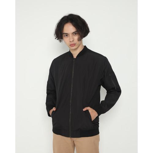 Foto Produk Outerwear Pria Erigo Bomber Amor Taslan Black - S dari Erigo Official