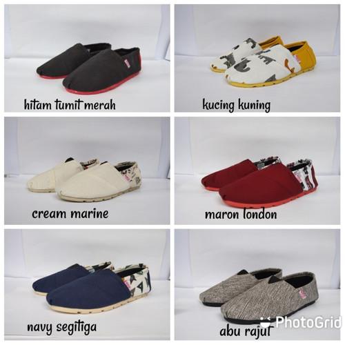 Foto Produk sepatu slip on wakai pria trendi dari Mona Titanya Shoestore