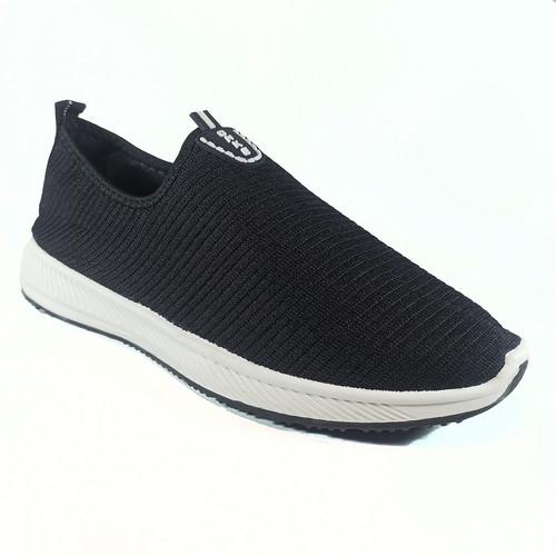 Foto Produk Sepatu Slipon Pria Import Onke & Include Box - Hitam, 40 dari YoloStore