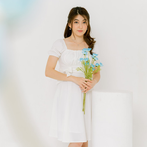 Foto Produk Chocochips - Yitzy Dress White - Putih, L dari Chocochips Official Shop