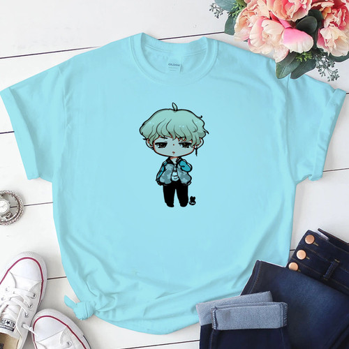 Foto Produk Baju Kaos Atasan Tshirt Katun Wanita Chibi Suga BT21 BTS Cewek Jumbo - Biru Muda, S dari Onestopfashionid