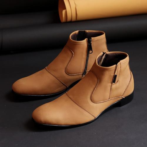 Foto Produk Sepatu Pantofel Kulit Asli Type Boots Resleting Zipper - tan, 39 dari nazwa shoes
