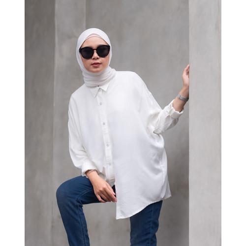 Foto Produk Mybamus Oversize Belrissa Shirt White M15939 R5S5 dari Mybamus Official