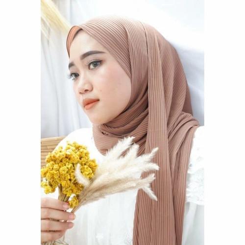 Foto Produk Jilbab Plisket Pashmina Premium ( Free gift menarik ) - CHOCO MILO dari Scarlett_Whitening Indonesia
