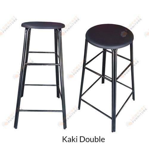 Foto Produk Kursi Bar / Kafe / Etalase / Kios Tinggi outdoor Hitam [Khusus Gojek] - Kaki Double dari Low Cost Furniture