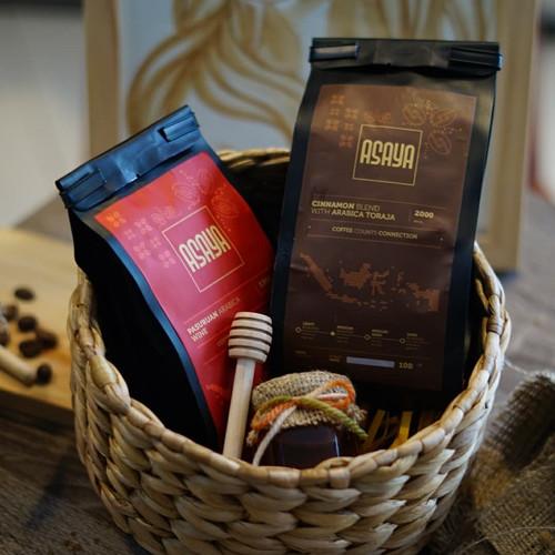 Foto Produk HAMPERS Kopi Arabika 2 pax 100G dan madu kecil keranjang eceng gondok dari Asaya Coffee
