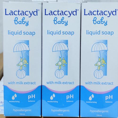 Foto Produk Lactacyd Baby Sabun Bayi 150ml Cleansing and Moisturizing dari aradea_shop