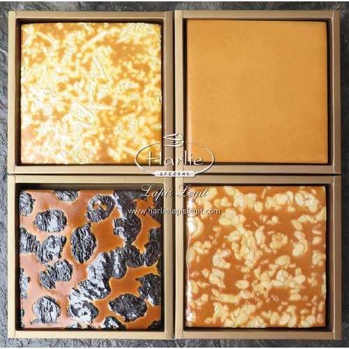 Foto Produk Harlie Lapis Legit Prune / Keju / Almond Medium - Uk. Loyang 16 x 16 dari HARLIE LAPIS LEGIT