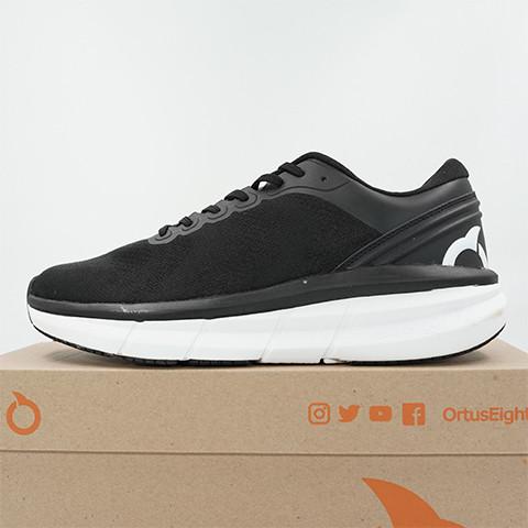 Foto Produk Sepatu Lari/Running Ortuseight Hyperfuse Black 11040002 Original BNIB - 39 dari KING OF DRIBBLE