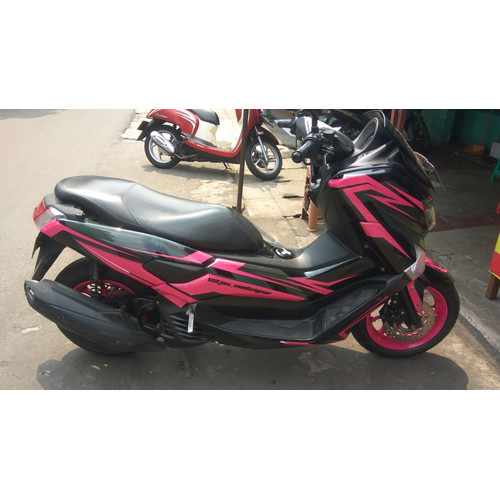 Foto Produk Stiker NMAX Hitam Pink dari Nusakambangan Sticker01