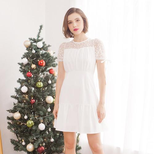 Foto Produk Chocochips - Ysabelle Dress Broken White - Putih, L dari Chocochips Official Shop
