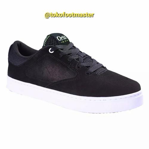 Foto Produk Sepatu Sneakers League Original Ortiz Black Volt Green-Gum Rubber dari Toko Sepatu FootMaster