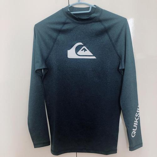 Foto Produk Quicksilver L/SL Surf Tee All Time Baju Surfing Majolica Blue Heather dari Padaberua