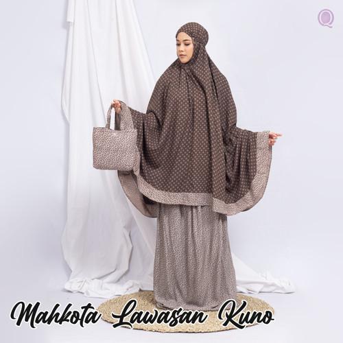 Foto Produk MUKENA KATUN RAYON SANTUNG BATIK LAWASAN MAHKOTA - REMPEL JUMBO - Motif 1 dari Qallila Moslem Id