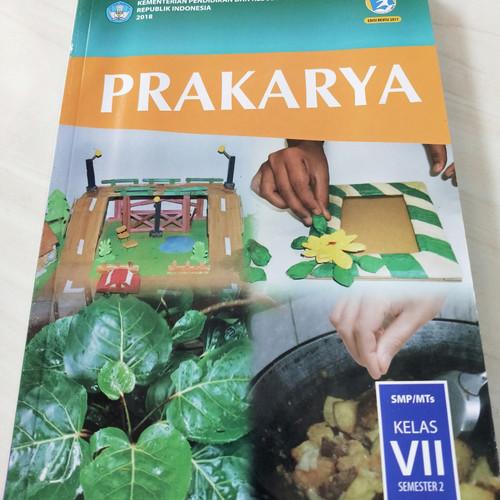 Foto Produk Prakarya Kelas 7 SMP Semester 2 Revisi 2017 dari Gerai Buku Sekolah