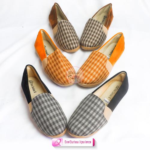 Foto Produk SLIP ON BLASTER WAKA READY 3 WARNA - Hitam, 36 dari Clarisse Shoes