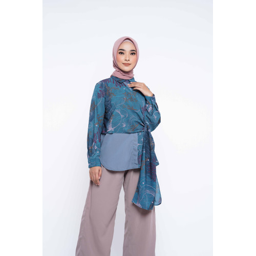 Foto Produk ZM Zaskia Mecca - Izza Blue Tunik - Jelita Indonesia - Edisi Derawan - XL dari Zaskia Mecca Official