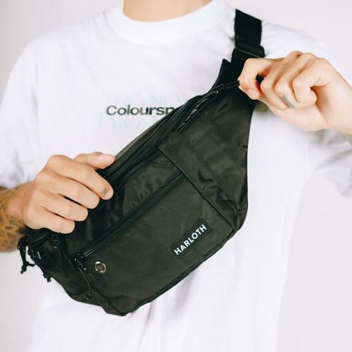 Foto Produk Tas Waist Bag Pria Zest Black / Sling Bag / Selempang HARLOTH dari HARLOTH OFFICIAL
