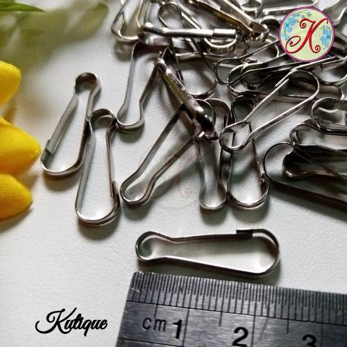 Foto Produk Kait Piting Kait Masker 2,5 cm per lusin dari Kutique Craft