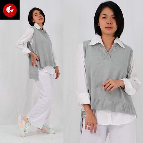 Foto Produk Okechuku NARI Rompi Rajut Wanita Knit Vest Outer Oversize Korean Style - Silver dari Okechuku