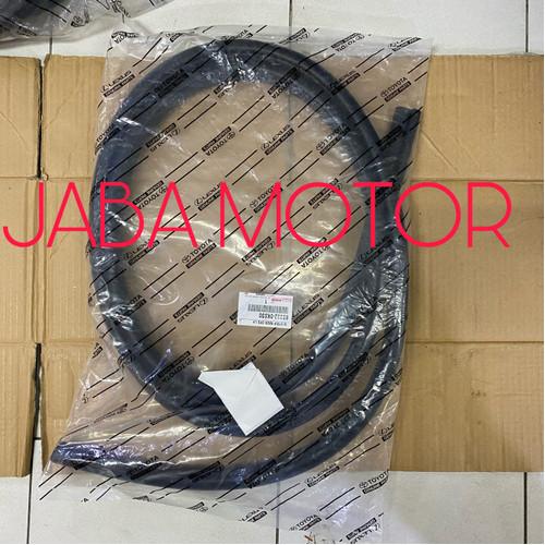 Foto Produk Karet bodi-Karet body Innova belakang kiri original dari JABA MOTOR TOYOTA