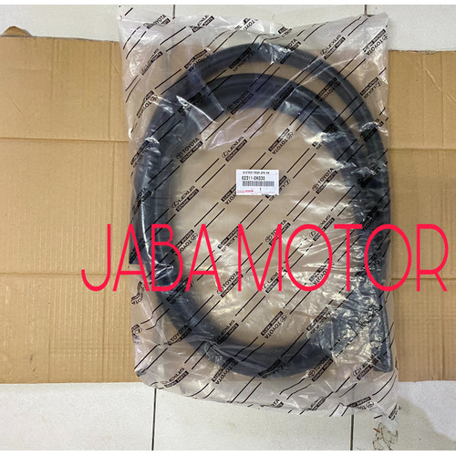 Foto Produk Karet bodi-Karet body Innova depan kanan original dari JABA MOTOR TOYOTA