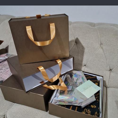 Foto Produk gift box /kotak kado - Cokelat dari kotak-kado custom