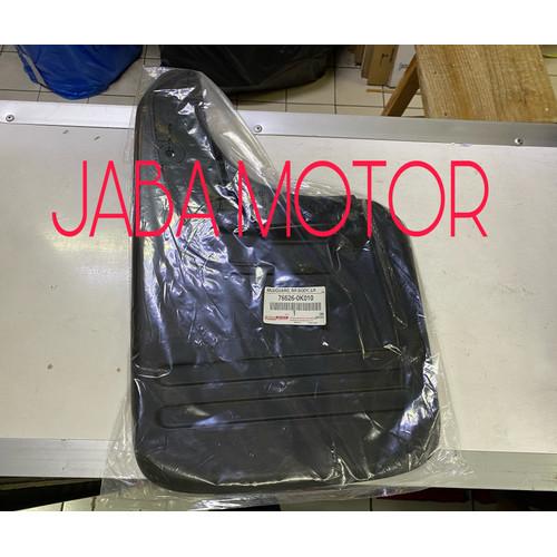 Foto Produk Mudguard belakang Hilux-karpet lumpur Hilux belakang kiri original dari JABA MOTOR TOYOTA