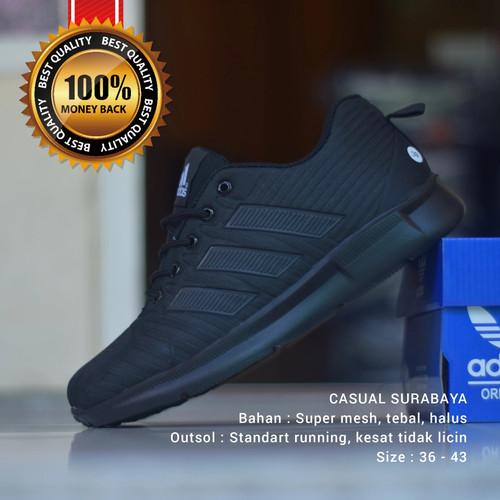 Foto Produk Sepatu Kerja / Sekolah Adidas Hitam Polos California - 36 dari Casual Surabaya