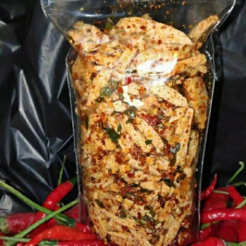 Foto Produk basreng pedas daun jeruk cemilan - pedas daun jerk, 100 gram dari Raffasya.id