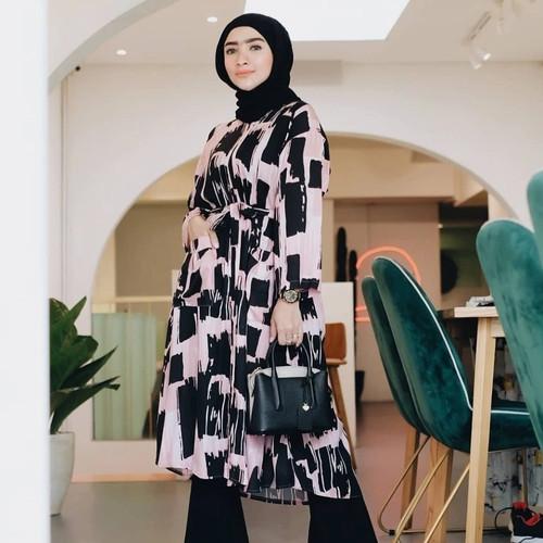 Foto Produk Shaina Dress Blackpink - TUNIK MUSLIM JUMBO WANITA BUMIL BUSUI RAYON dari Peony & Rose
