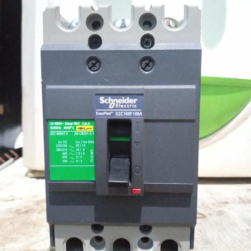 Foto Produk Mccb schneider 3phase Ezc100f 100A (bekas/scond) dari junior abadi elektric