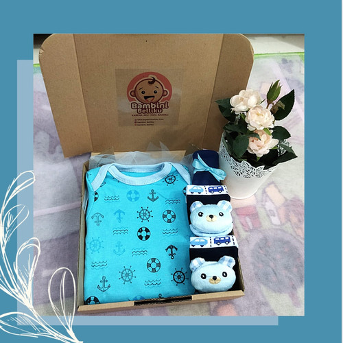 Foto Produk Baby Hampers Cute Baby Box Kado Kelahiran Bayi CB01 (Boy & Girl) - Boy-Hat dari Bambini Belliku
