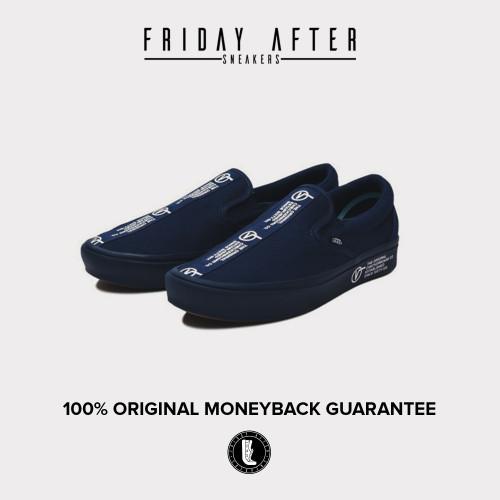 Foto Produk Vans Comfycush Slip On Distort Dress Blue True White dari FridayAfterSneakers