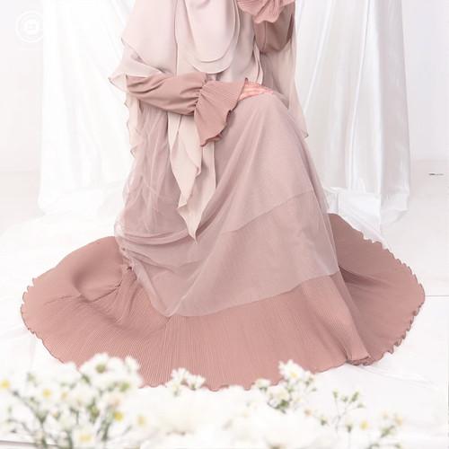 Foto Produk FATTANA DRESS MOCCA - Dress Gamis Muslimah - Nusseyba Activewear - L dari NusseybaID