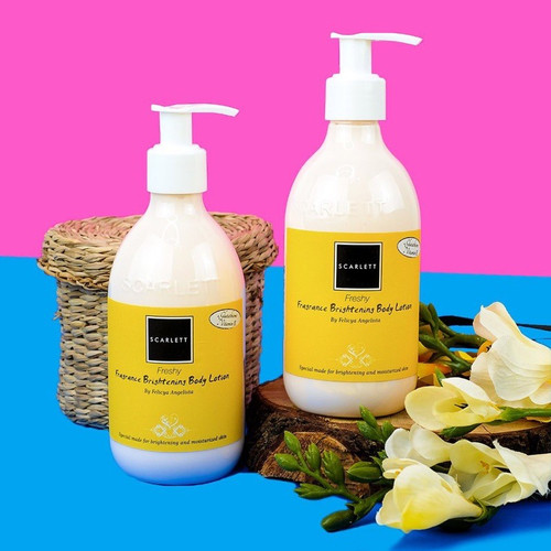 Foto Produk Scarlett Fragrance Brightening Body Lotion 300ml dari Scarlett Lampung