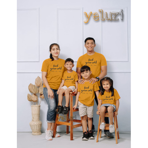 Foto Produk Kaos Baju atasan Couple sarimbit keluarga Oblong Find your self - S anak dari yeluzi