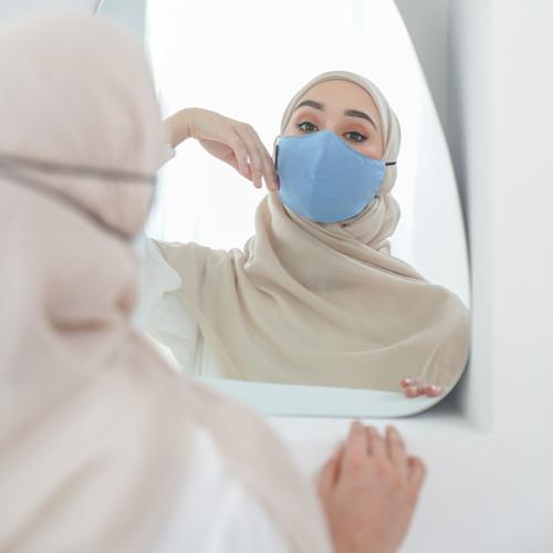 Foto Produk Tatuis Masker Kain 3 ply 009 Woman Hijab 5 pcs - 1 PCS RANDOM dari Tatuis